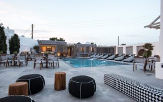 Hotels with pools in Mykonos - Aletro Cottage Houses